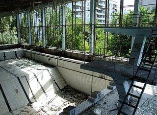 abandoned_pools.jpg