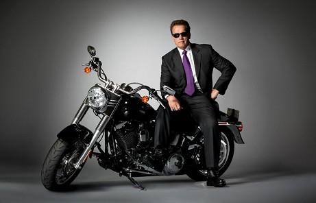arnold_terminator_motorcycle.jpg