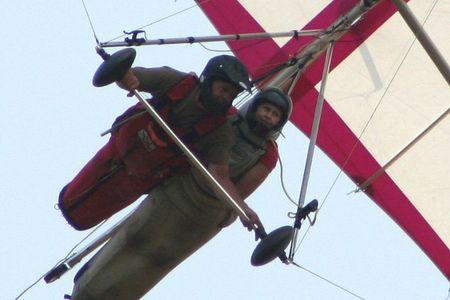 hang_gliding4.jpg
