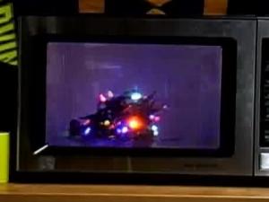 x-mas_lights_microwave.jpg